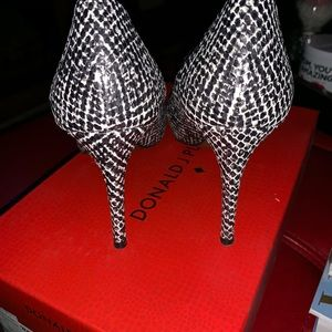 Donald J. Pliner Shoes - Pretty high heels